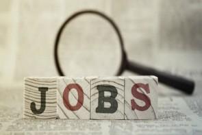 आंकड़े झूठ नहीं बोलते, गंभीर है नौकरियों का संकट