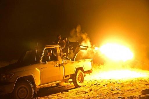 सीरिया के बघौज में इस्लामिक स्टेट के आतंकवादी ठिकानों पर अमेरिका समर्थित सीरियन डेमोक्रेटिक फोर्सेस के लड़ाकू विमानों ने आग लगा दी