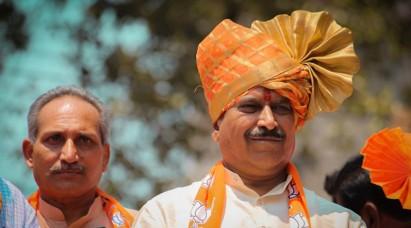रेल राज्य मंत्री सुरेश अंगड़ी का कोरोना से निधन