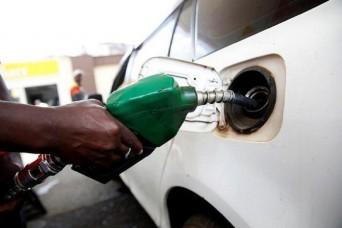 पेट्रोल-डीजल के दामों में फिर इजाफा, दिल्ली में पेट्रोल हुआ 17 पैसे महंगा