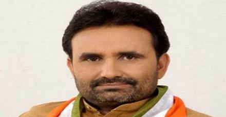 उत्तर भारतीयों पर हमला रूपाणी की साजिश, बर्खास्त की जाए गुजरात सरकार : कांग्रेस