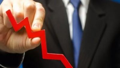 चीन में ट्यूटोरियल पर रोक का प्रस्ताव, कंपनियों के शेयर 50% तक लुढ़के