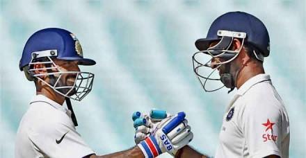 न्यूजीलैंड की अनुशासित गेंदबाजी से भारत पहले दिन पस्त