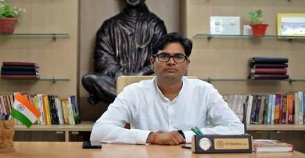 रायपुर के कलेक्टर ओपी चौधरी ने छोड़ी नौकरी, भाजपा के टिकट पर लड़ सकते हैं चुनाव