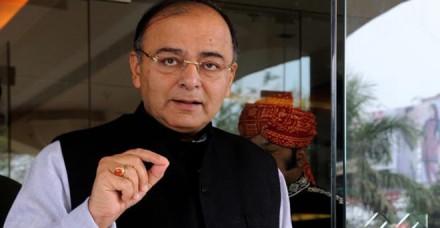 अच्छा मानसून होने पर और तेज गति से आगे बढ़ेगा भारत : वित्त मंत्री