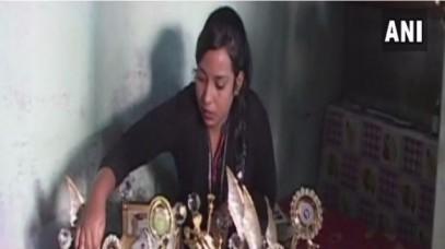 योग सिखाने वाली मुस्लिम अध्यापिका को मिली धमकी, घर पर फेंके पत्थर, बढ़ाई गई सुरक्षा