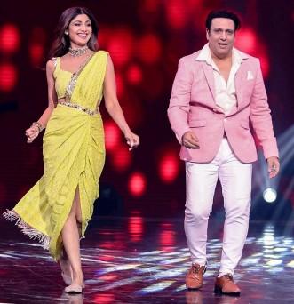 बॉलीवुड अभिनेत्री शिल्पा शेट्टी और अभिनेता गोविंदा टीवी शो सुपर डांसर चैप्टर 3 के सेट पर