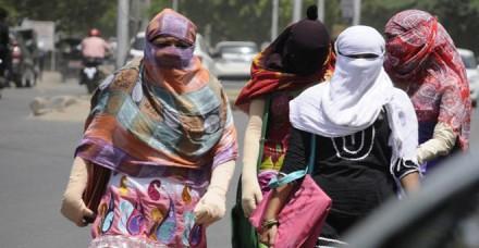 उत्तर भारत में गर्मी बढ़ने की संभावना, दक्षिण में हल्की बारिश की उम्मीद