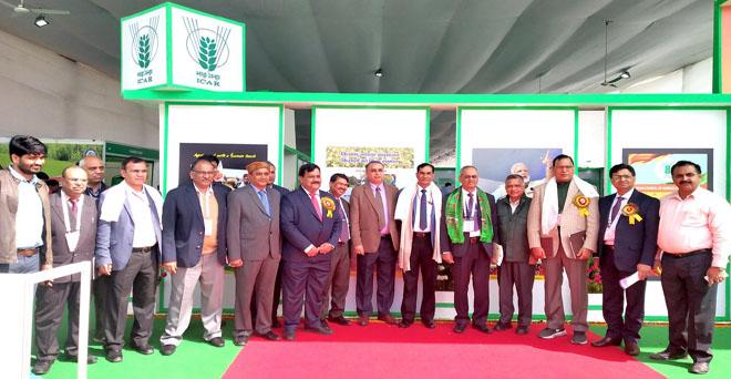 भारतीय कृषि अनुसंधान परिषद (आईसीएआर) के महानिदेशक डॉ. टी महापात्रा