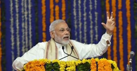 प्रधानमंत्री ने की मन की बात कहा, देश भर के जवानों के नाम दीया जले