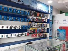 मोबाइल फोन खरीदना होगा महंगा, जीएसटी दर 12 से बढ़ाकर 18 फीसदी किया
