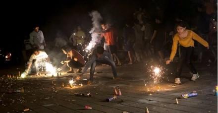दिल्ली में दिवाली की रात सुप्रीम कोर्ट के आदेश का उल्लंघन करने वाले 300 से ज्यादा गिरफ्तार