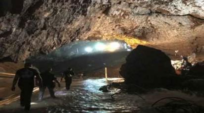 थाइलैंड में रेस्क्यू ऑपरेशन सफल, गुफा से निकाले गए सभी 12 बच्चे और कोच