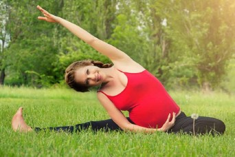 जानें, क्या हैं  गर्भवती महिलाओं के लिए फिटनेस टिप्स