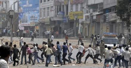 गुजरात में सांप्रदायिक हिंसा, 1 की मौत