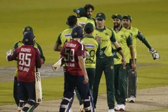 अब इंग्लैंड ने रद्द किया पाकिस्तान दौरा,  सुरक्षा कारणों को लेकर न्यूजीलैंड पहले ही ले चुका है ये फैसला