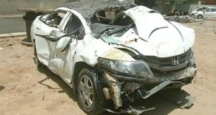 दिल्ली में फ्लाईओवर से गिरी कार, दो की मौत