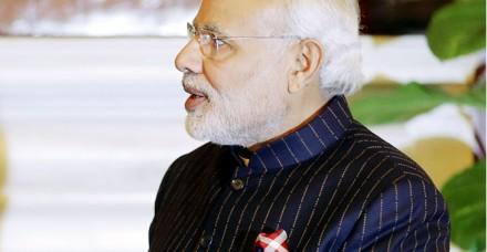 कौन खरीदेगा प्रधानमंत्री का लखटकिया सूट