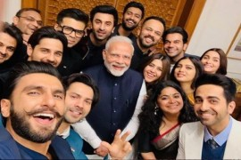 पीएम मोदी से मिले बॉलीवुड सितारे, नजर आए रणवीर सिंह, आलिया भट्ट, करण जौहर