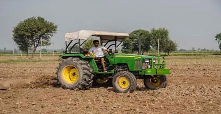 महंगे डीजल से खेती की लागत में होगी बढ़ोतरी, किसानों को उठाना पड़ेगा घाटा