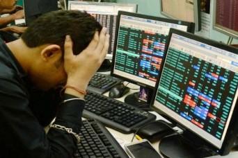 एग्जिट पोल में बीजेपी की कमजोर स्थिति से घबराया शेयर मार्केट, सेंसेक्स 713 अंक गिरकर बंद