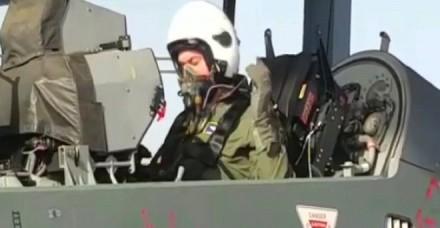 अमेरिकी वायुसेना प्रमुख ने भारतीय लड़ाकू विमान 'तेजस' से भरी उड़ान