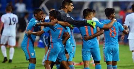 फीफा तो दूर एशियन गेम्स में भी भारत की नो एंट्री, फुटबॉल प्रेमियों ने उठाए सवाल