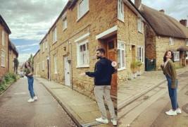 विराट और बेटी वामिका के साथ इंग्लैंड के टूर पर अनुष्का, फैंस के साथ शेयर की तस्वीरें