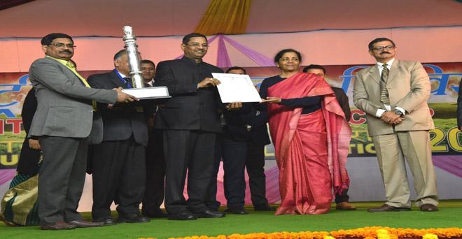 भारतीय कृषि अनुसंधान परिषद की झांकी, 'किसान गाँधी' को मिला प्रथम पुरस्कार।