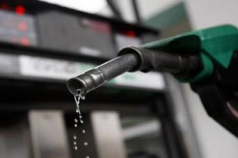 तेल के फिर बढ़े दाम, दिल्ली में पेट्रोल 70.95 रु. और डीजल 65.45 रु. प्रति लीटर